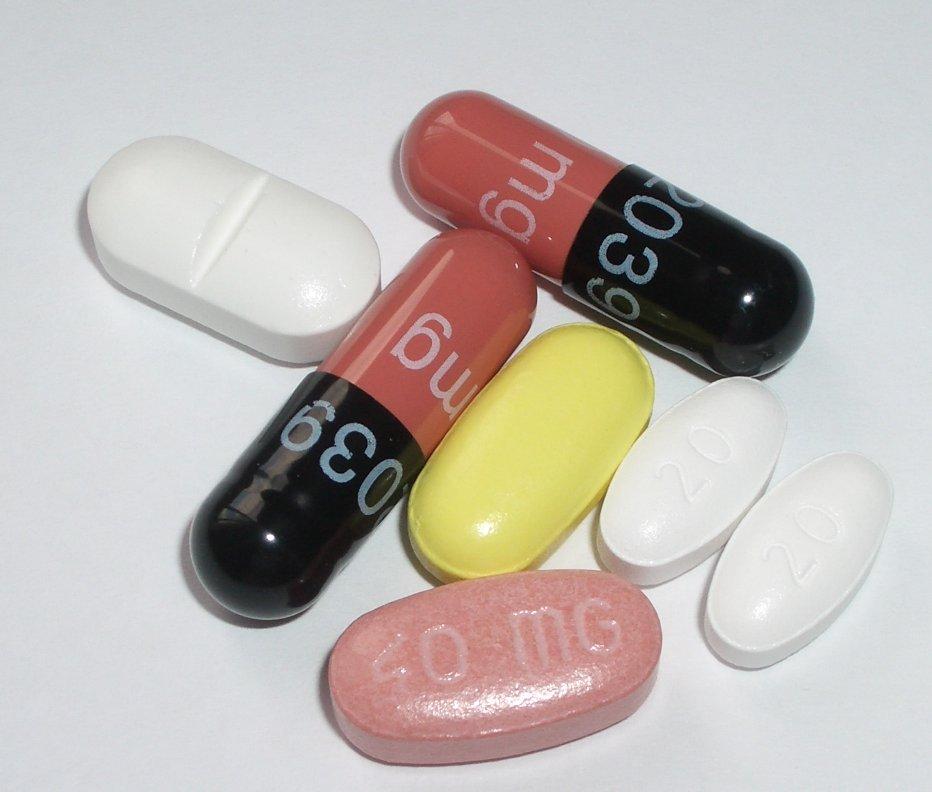 Sollte man Naturheilmittel oder Medikamente der Schulmedizin einsetzen ?